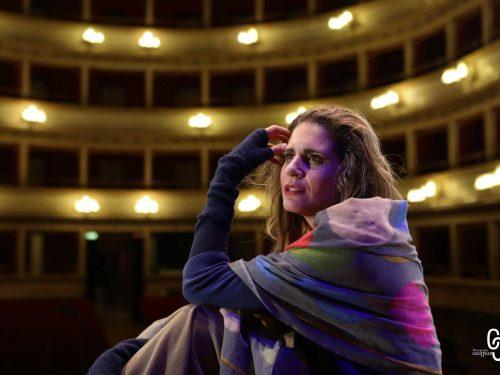 """Silvia Siravo nel ruolo di Io per """"Prometeo"""", regia di Patrick Rossi Gastaldi"""